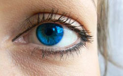 780094_girls_blue_eye_ii.jpg